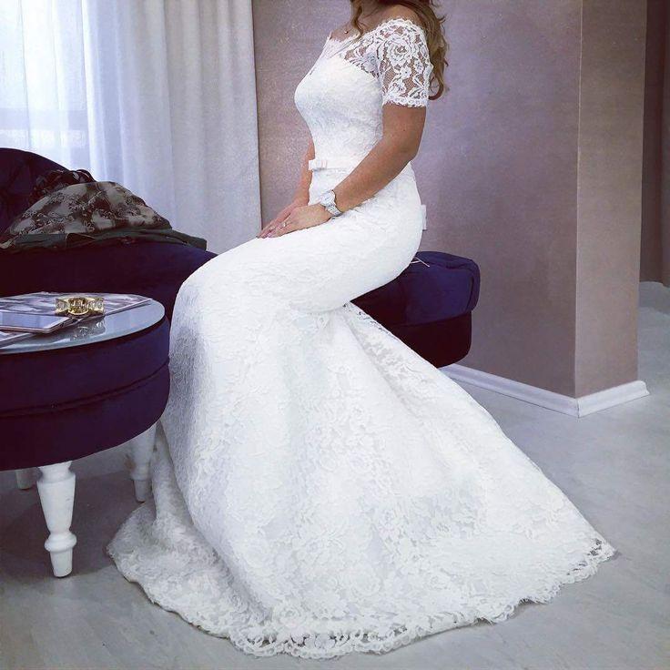 Charming bridal dress   #tinavalerdi #tenderness #nudeperfection #weddingdress #weddingfashion #weddingday #bride #design #collection #style #nude #manufacturer #wholesale #spain #minimalism #refinement #elegance #charming