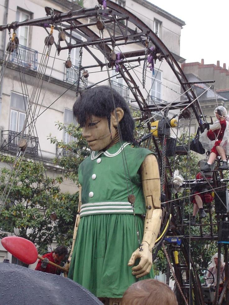 La Petite Géante, troupe Royal de Luxe, Nantes (Loire-Atlantique, Pays-de-la-Loire, FRANCE) - Les Machines de L'ile Nantes