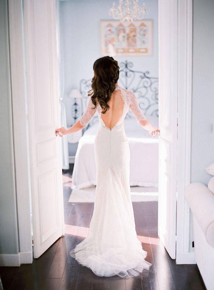 Elegant Parisian elopement: Photography : Le Secret D'Audrey Read More on SMP: http://www.stylemepretty.com/little-black-book-blog/2016/01/28/elegant-paris-elopement/