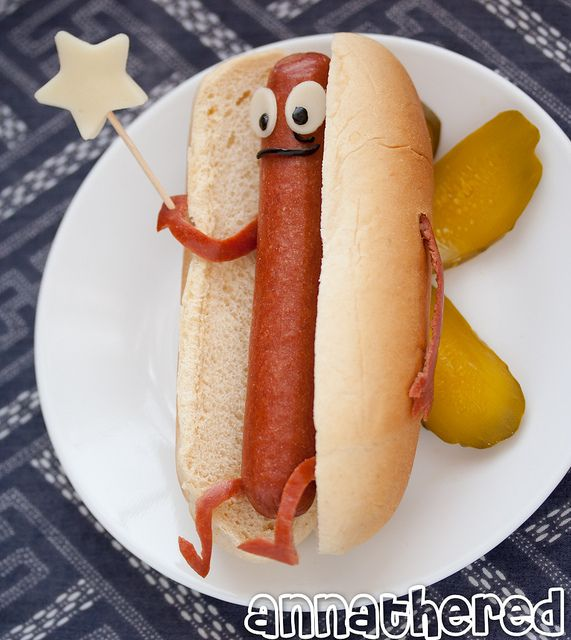 Cute Fourth of July idea for the kiddos at the BBQ! Also: this is a gross waste of your time and obvious talent.