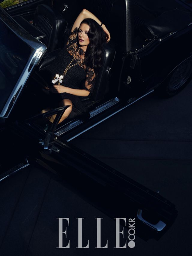 Catherine Zeta Jones and Lee Byung Hyun Elle Korea 7