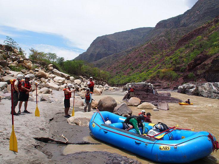 Rafting por el río Chicamocha en Santander, Colombia | Vagamundos 2013: Colombia | Viajes de Carlos Olmo, Vagamundos