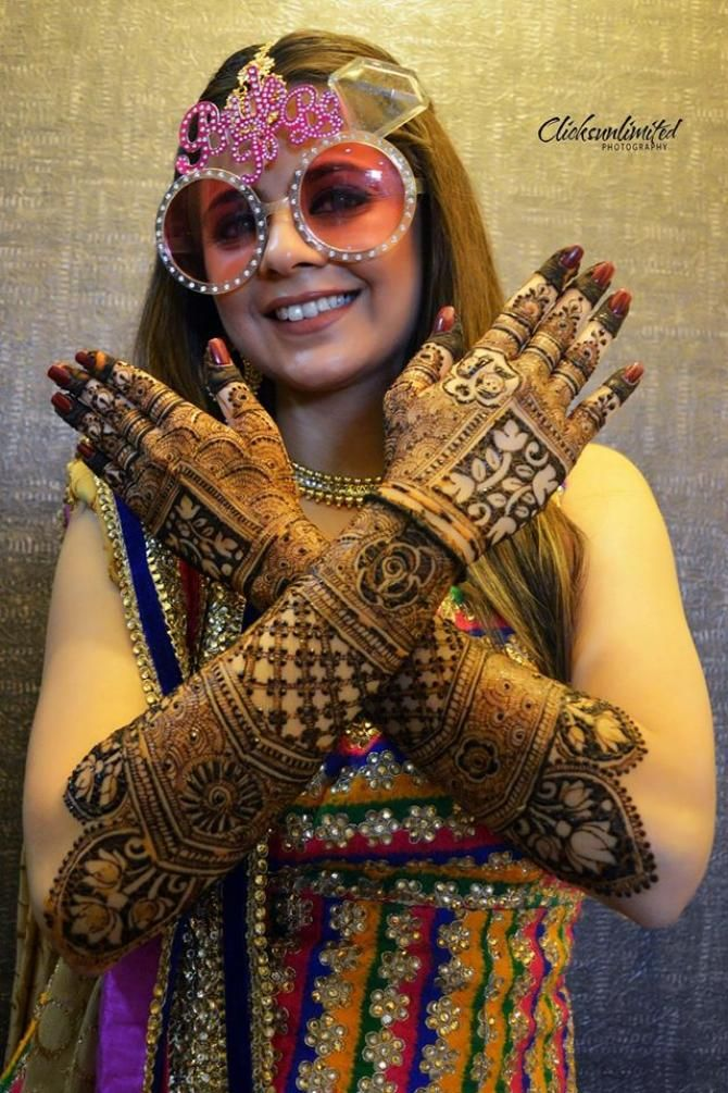 The Complete Wedding Album Of Rucha Gujarathi Is Here And It Is Stunning - BollywoodShaadis.com