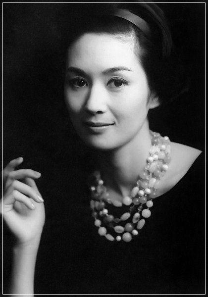 昭和の小悪魔と呼ばれたこの美女は誰?昭和の女優達が正統派クラシックで美しすぎる | by.S