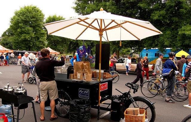 cafe velo by tangocyclist, via Flickr