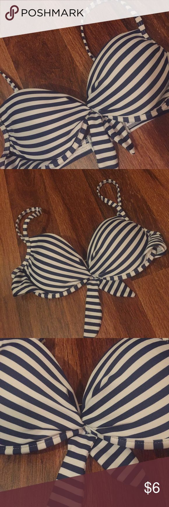 Striped swimsuit top. Navy and white stripped swimsuit top with straps and bow in center. Xhilaration Swim Bikinis