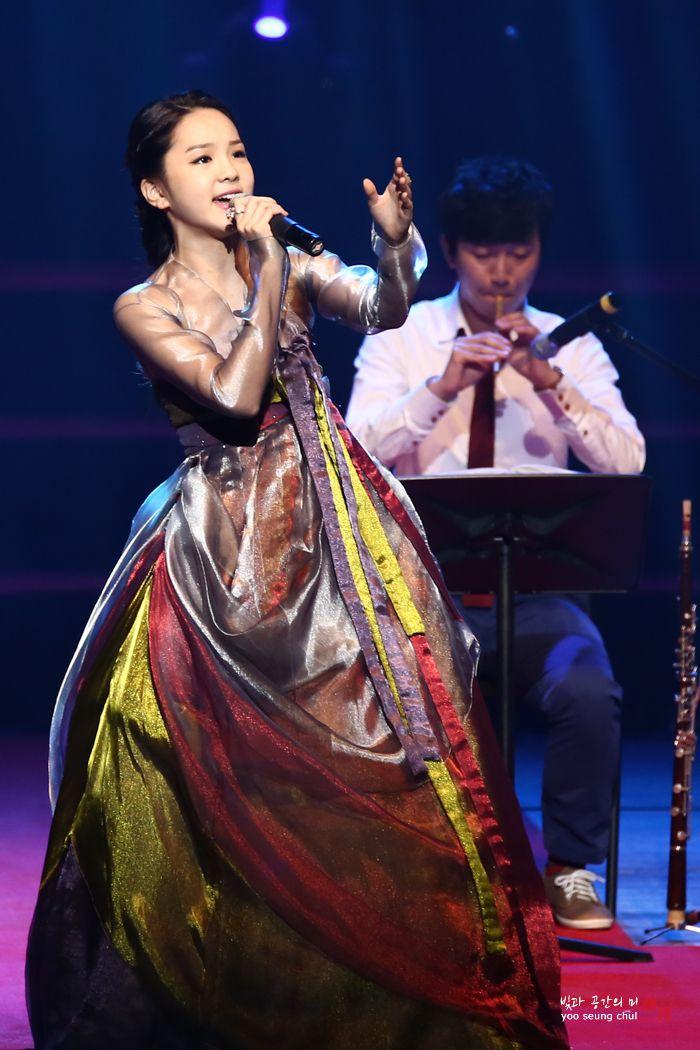 Song Sohee - traditional korean singer