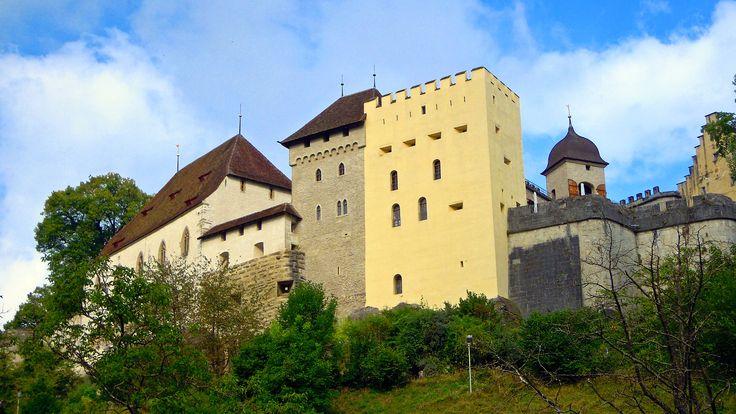 Die Lenzburg