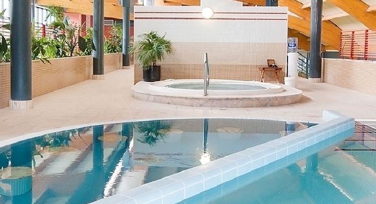 Balneario Laias Caldaria****, Ourense. Desde 60€ pers/noche con alojamiento en habitación doble estándar, desayuno buffet, acceso ilimitado de las piscinas termales y los niños hasta 12 años ¡ #GRATIS ! con alojamiento y acceso a las piscinas. #Galicia #SienteGalicia
