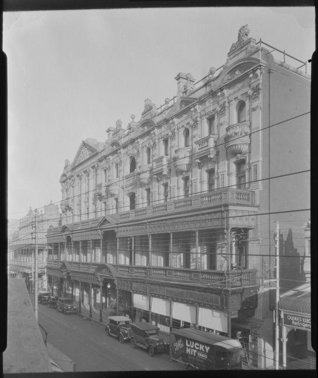 095475PD: His Majesty's Theatre, 1934. https://encore.slwa.wa.gov.au/iii/encore/record/C__Rb2405103