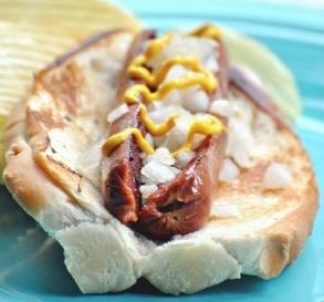 "July 2: National Hot Dog Month | Luncheonette Hot Dog: ""Wow- so good! I knew I had to make these when I saw the recipe. Truly a good old-fashioned, all-American hot dog!"" -Spice GuruDiggity Dogs, Hot Diggity, Luncheonette Hot, Food, Fashion Hot, Fashion Luncheonette, Dogs Month, Bbq S, Hot Dogs"