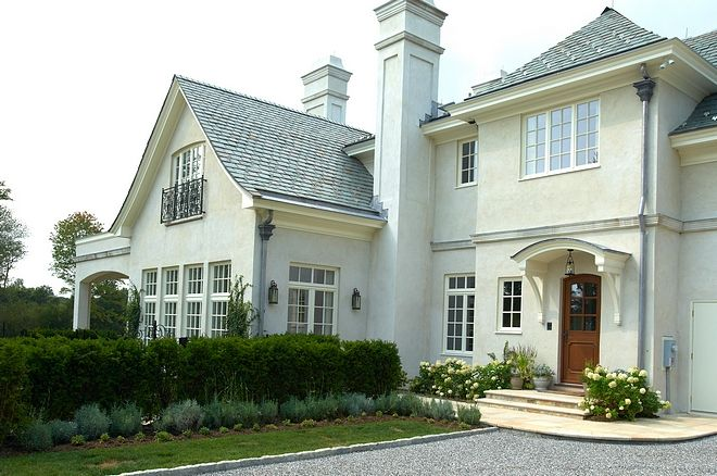 House Beautiful Dreamy Ivory Zsazsa Bellagio Like No Other Exterior Paint Colors For House Cottage Exterior Brown Roofs