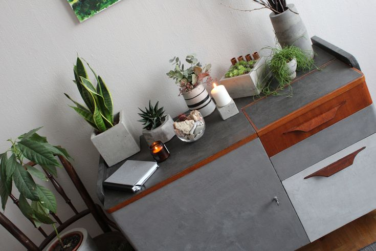 #concrete #concretedesign #furniture #concretefurniture #greenery