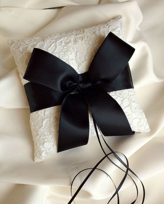 Ivory and Black Ring Bearer Pillow - Alencon Lace Ring Bearer Pillow. I'd do lace with a plum ribbon for my wedding!