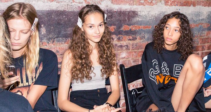 Backstage at Proenza Schouler Spring 2017: Models Relaxing on their Phones | coveteur.com