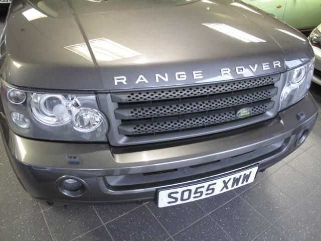 2006 Range Rover Sport 2.7 TDV6 HSE 5-door auto estate in grey. FSH. HI ICE pack. Click on pic shown for loads more.