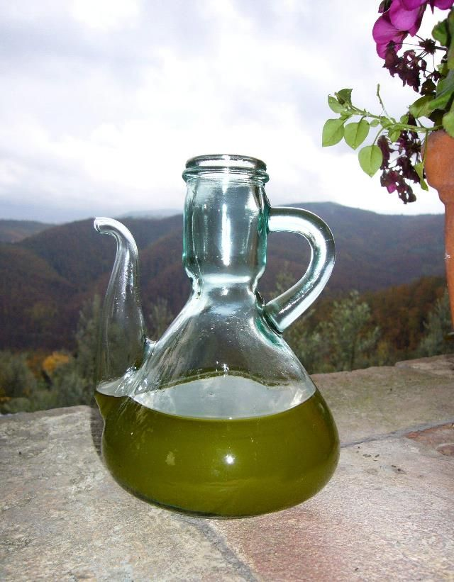 """Оливковое масло снижает риск рака молочной железы. Недавнее исследование, проведённое испанскими исследователями, доказало, что """"Extra Virgen"""""""