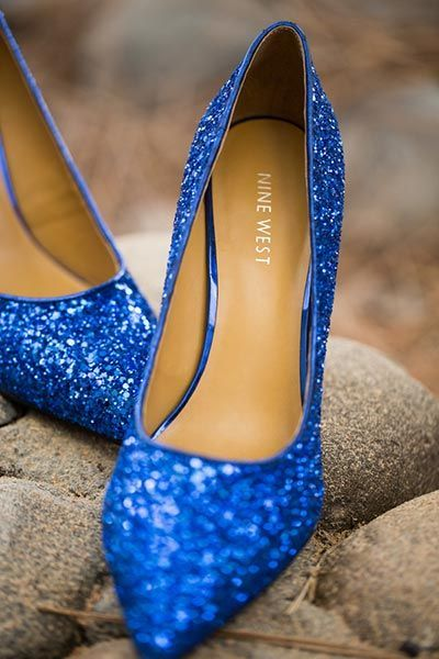 zapatos azules para tu vestido de novia? mira estas ideas tan
