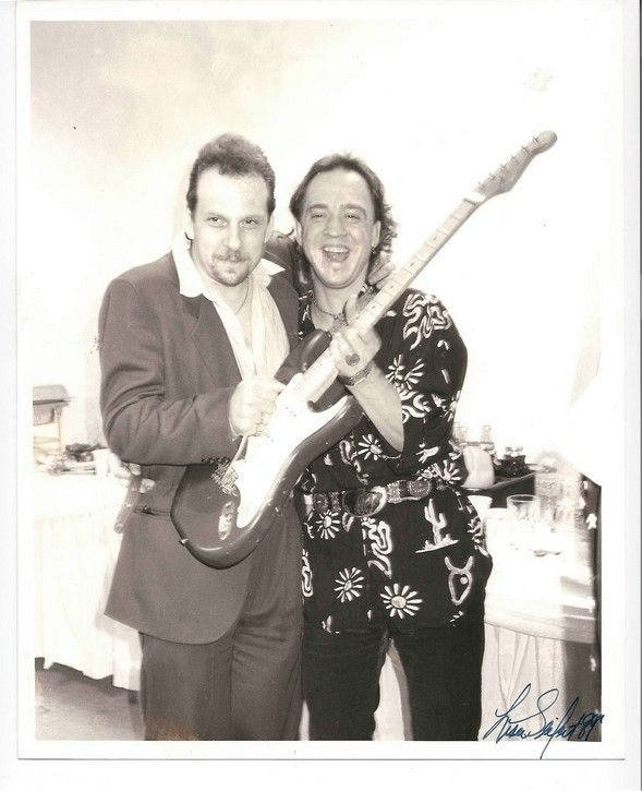 Early Ronnie Earl and Stevie Ray Vaughan
