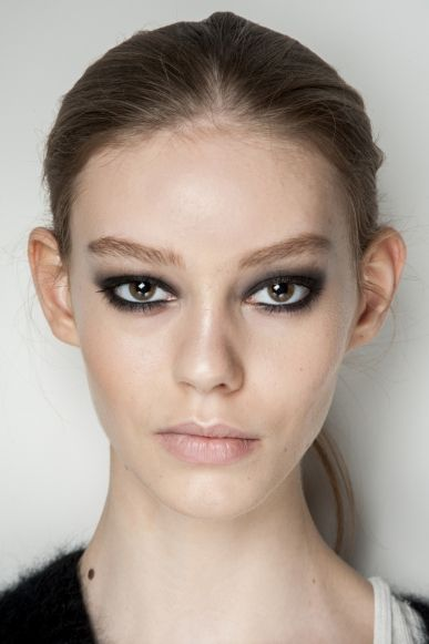 Short on time? Here's how to transform your daytime beauty look for a night out.