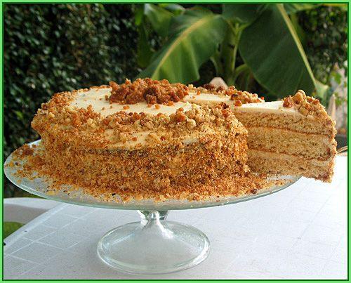 """Чую,чую проближение Рош-Ха-Шана(еврейский Новый год)...поетому сейчас самое время познакомить вас с етим тортиком.. Как известно на """"Рош-ха-Шана"""" надо печь…"""