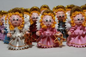 Armia anielska ( lub orszak-jak kto woli chociaż to akurat mi się odpowiednio kojarzy) powstała na zamówienie. Liczy 30 makaronowych aniołk...
