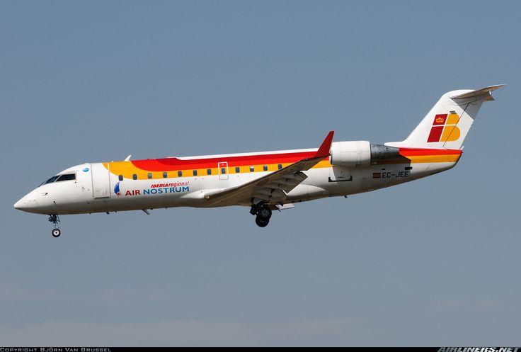 Canadair CL-600-2B19 Regional Jet CRJ-200ER, Air Nostrum (operating for Iberia), EC-JEE, cn 7989, first flight 9/2004, Air Nostrum delivered 24.1.2005. Foto: Barcelona, Spain, 10.3.2012.