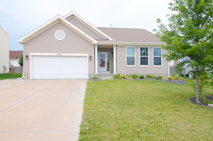 NEW LISTING! 8722 S 66th Avenue, Papillion, NE 68133 | 3 Bed, 2 Bath | $220k | Updated w/ the latest in color trends. Easy care home has a fully fenced yard, in-ground sprinkler system & stamped concrete extended patio for outdoor entertainment. Main flr laundry & a popular split bedroom plan. Full master bath & walk-in shower. Unfinished basement w/ room for expansion w/ bathroom rough in & full size window. Close to schools & shopping & major roads. Don't miss out! www.TeamOgle.com