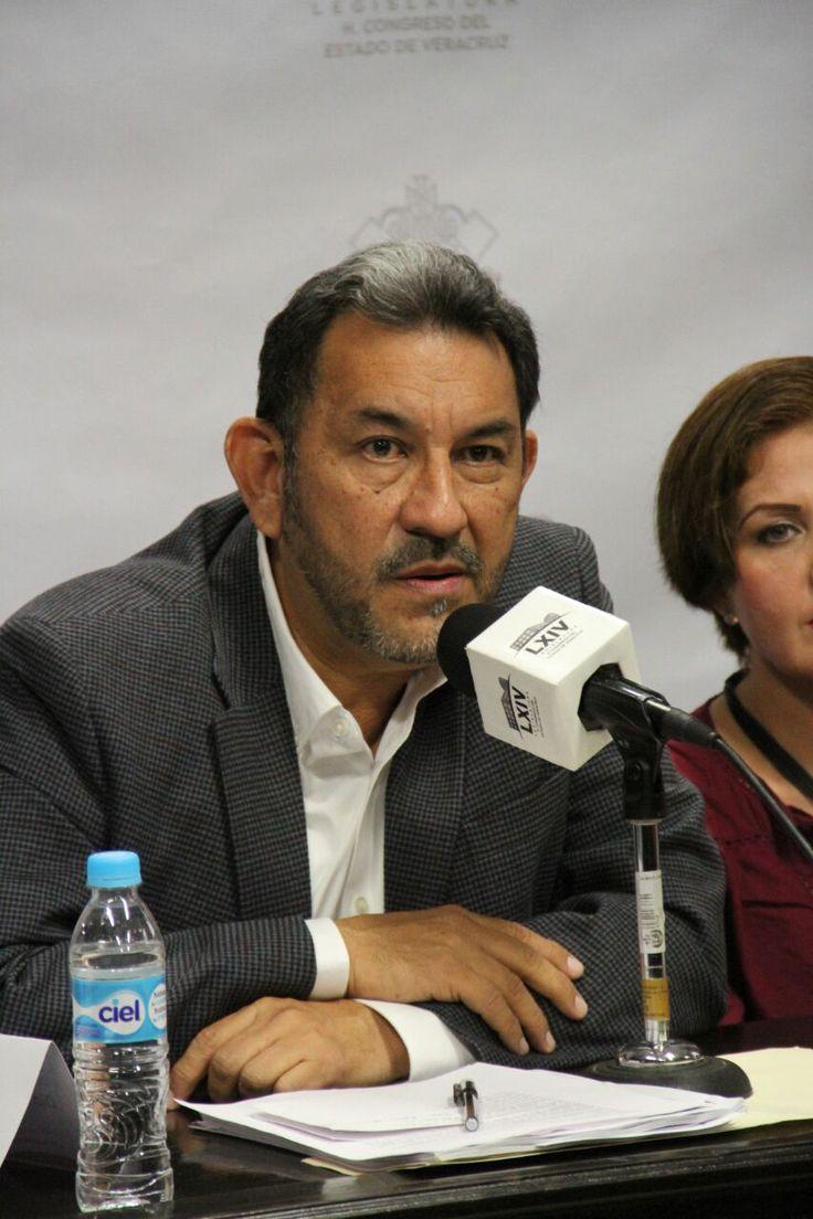 El coordinador del Grupo Legislativo de MORENA en Veracruz, Amado Cruz Malpica, aseguró que no aceptará ninguna invitación por parte del fiscal, Jorge Winckler Ortiz, para declarar sobre las…
