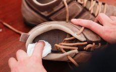 Как избавиться от неприятного запаха в обуви — Полезные советы