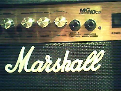 ¡Amplificador Marshall publicado en Vivavisos! http://instrumentos-musicales.vivavisos.com.ar/articulos-musicales+flores/amplificador-marshall-10-w-nuevo-en-caja-pto-/18068162