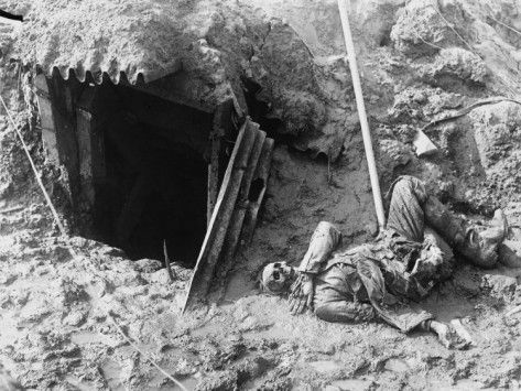 circa 1915;skeleton of German soldier in trench.Bodies normally were like this for weeks or even months.