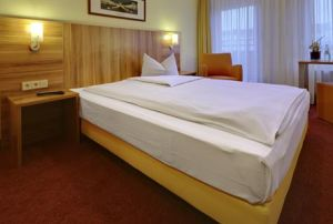 Balladins Superior Hotel Mannheim: Featuring a laundry service, connecting rooms and internet, the Balladins Hotel Mannheim offers guests a comfortable setting while visiting Mannheim.  http://www.mannheim-hotel.com/balladins-superior-hotel-mannheim/