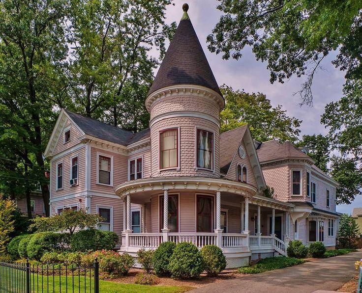 Les 43 meilleures images du tableau maisons charmantes demeures de charme sur pinterest - Demeure de charme dom architecture ...