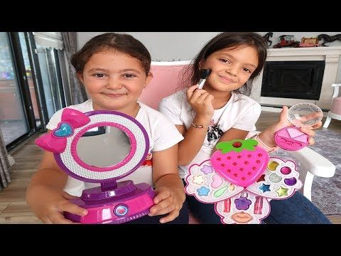 Elif Oyku And Masal Pretend Play With Makeup Play Table Toys Fuun Kids Video Youtube Toys Youtube Masal