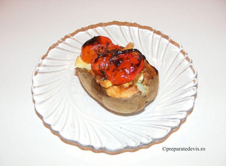 Cartofi copti cu tofu si rosii cherry la cuptor