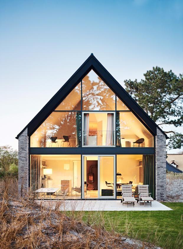 Moderne häuser versetztes satteldach  Die 25+ besten Satteldach modern Ideen auf Pinterest | Fertighaus ...