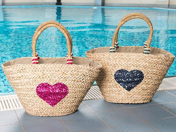 Pia Rossini Arizona Basket, Sequin Heart Beach Basket