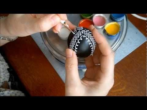 Zdobení kraslice voskovými barvami www.telereceptar.cz. - Decorating eggs by wax.