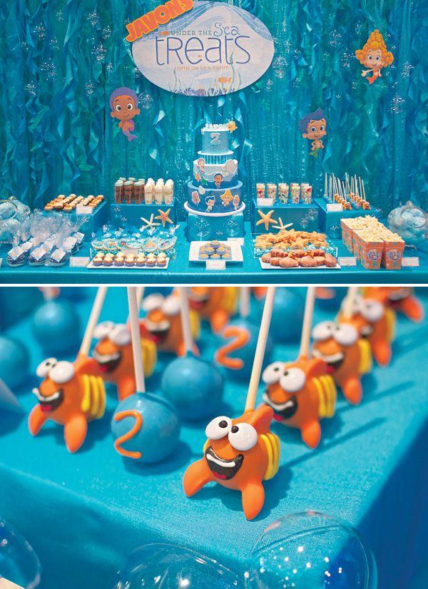 Bajo la Burbuja del Mar La fiesta de cumpleaños Guppies