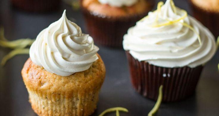 Cupcakes με λεμόνι και frosting λεμονιού