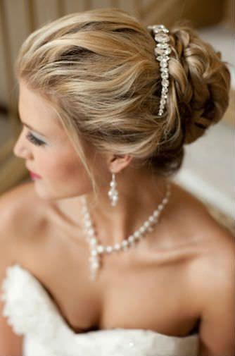 The modern way to wear a bridal tiara...