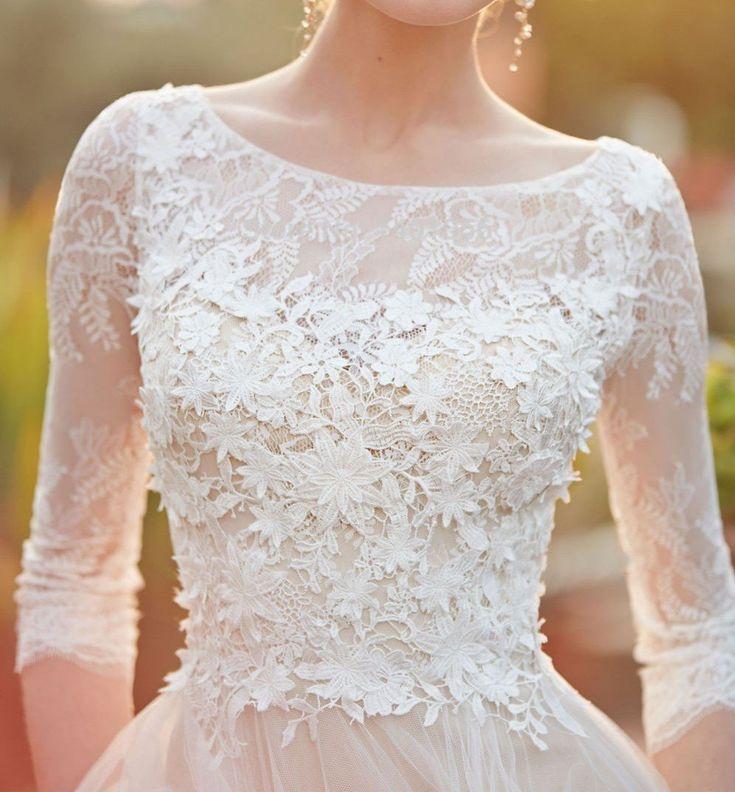 Blevla 3/4 Sleeves Scoop Neckline Appliques A Line Wedding Dresses Bridal Gow