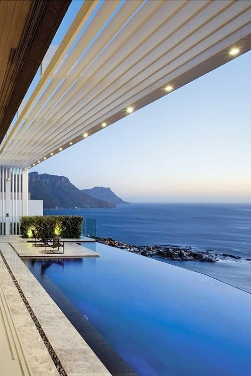 Now that's a pool with a beautiful view! Great design