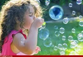 Αρχίζοντας από την παιδική ηλικία, τα παιχνίδια παίζουν υποστηρικτικό ρόλο στην ανάπτυξη ενός παιδιού. Τα παιχνίδια μπορεί να βοηθήσου...