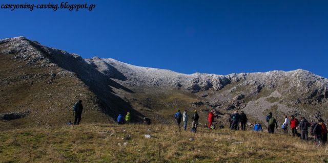 Heading for Voutsikaki peak, mt Agrafa, Greece