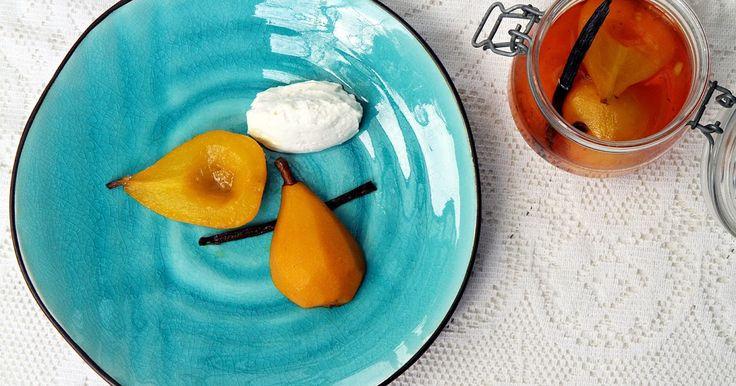 saffranspäron, saffran päron, vaniljgrädde, inkokta päron, julrecept, juldessert, jul dessrt,