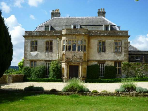 VENUE   Hamswell House, Cotswolds