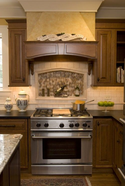 like the cute little italian phrase aboveand the contrasting tile over the stove