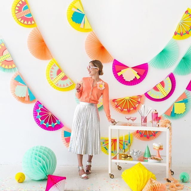 Art Deco Party Fan DIY on ohhappyday.com today!